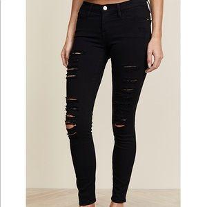 Frame black distressed skinny jean